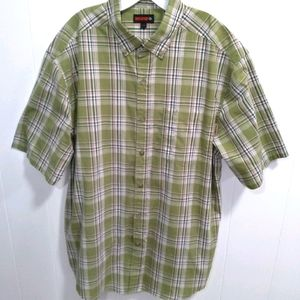 🍀 Wolverine Short Sleeve Button Down Shirt. Large
